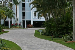 Commercial Driveway Pavers | Brick Parking Lots
